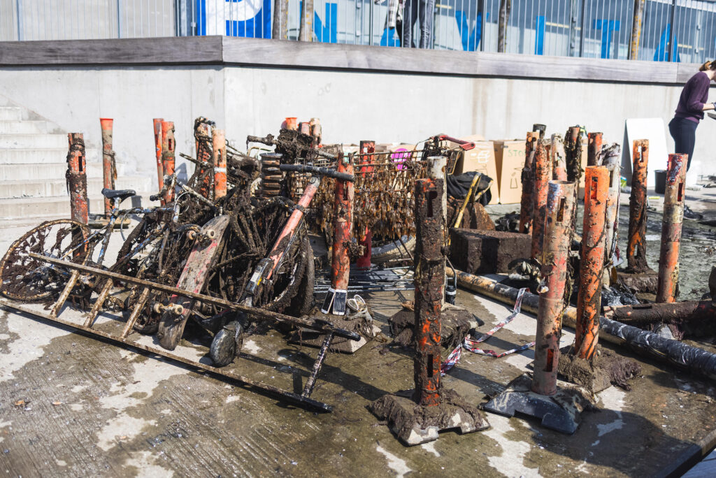 1,247 kg of litter was recovered from the harbour and the streets in Aarhus.