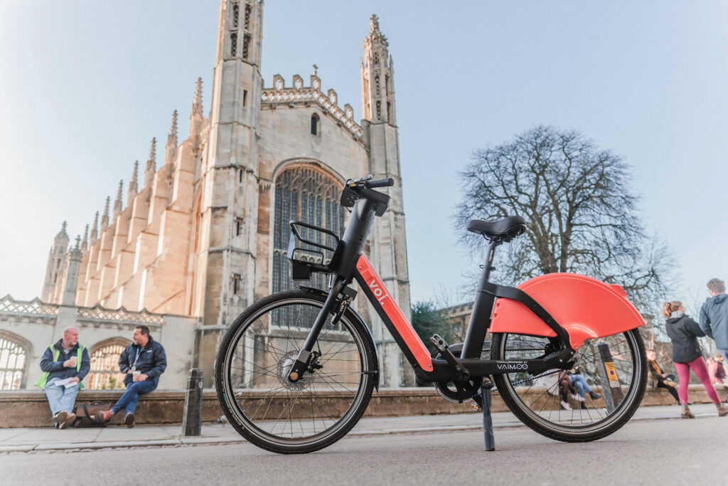 An e-bike in front of a cathedral